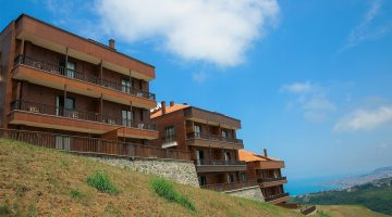 Sera Lake Resort Hotel Villa