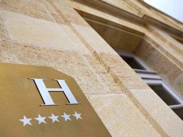 Otel Seçerken Nelere Dikkat Etmeliyiz - Seçeceğiniz Otelin Yıldız Sayısı