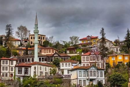Trabzon-akçaabat-ortamahalle-evleri (1)